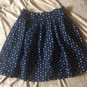 Navy with white triangle skirt